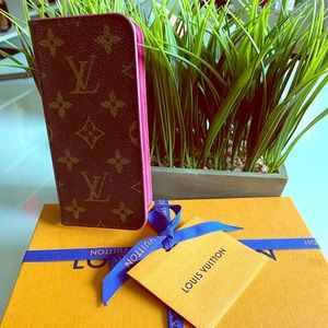 Authentic LV iPhone X case with box